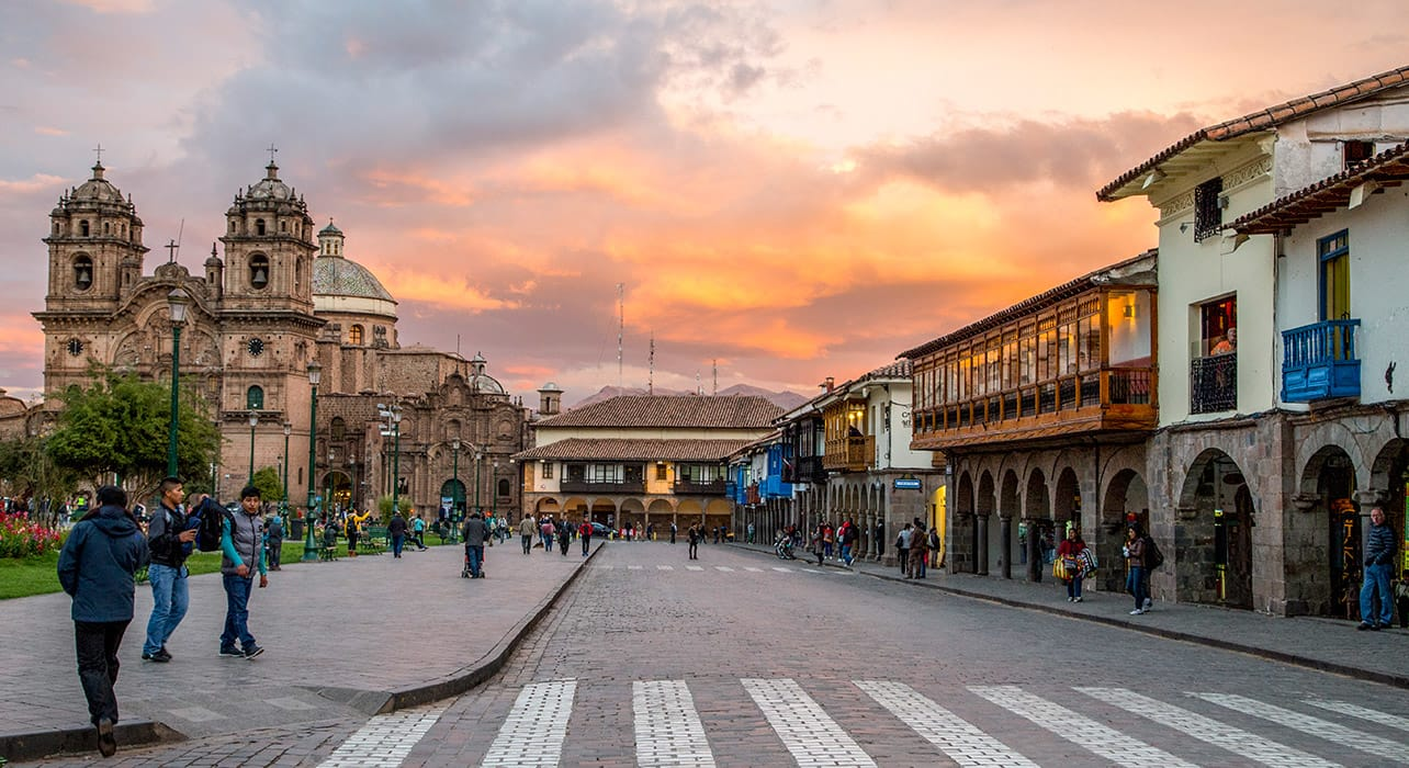 cusco peru plaza de armas sunset