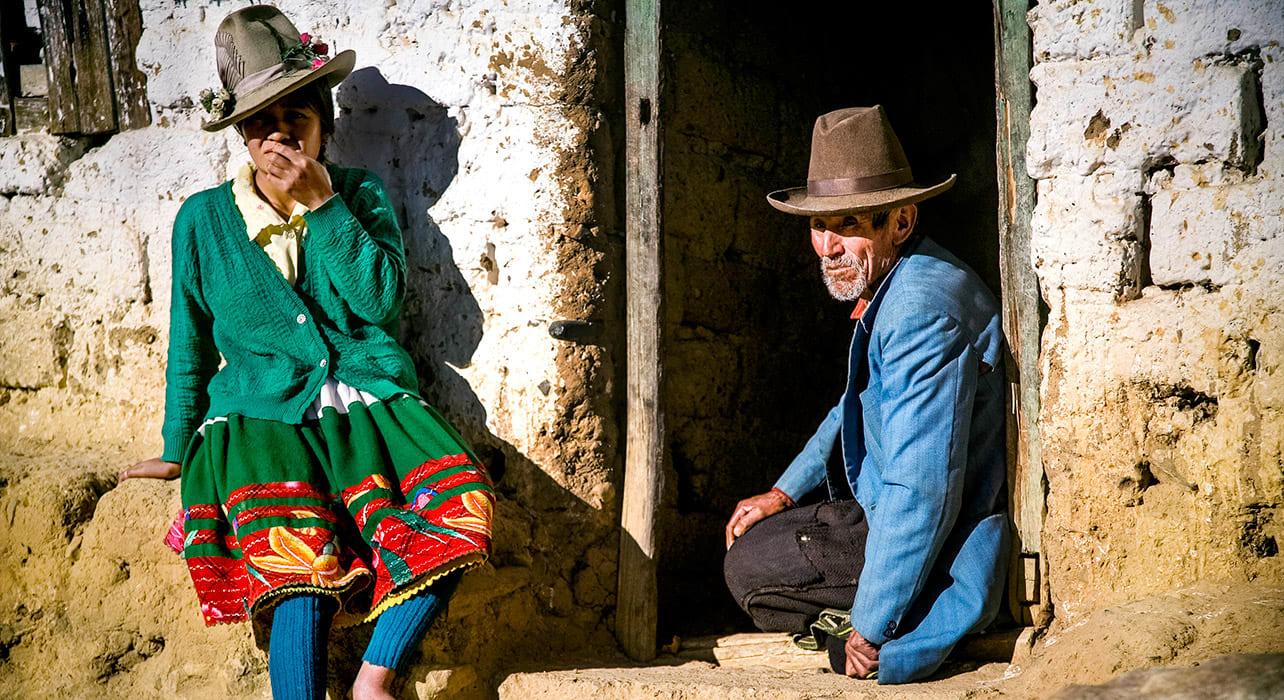 quechua man cordillera blanca peru