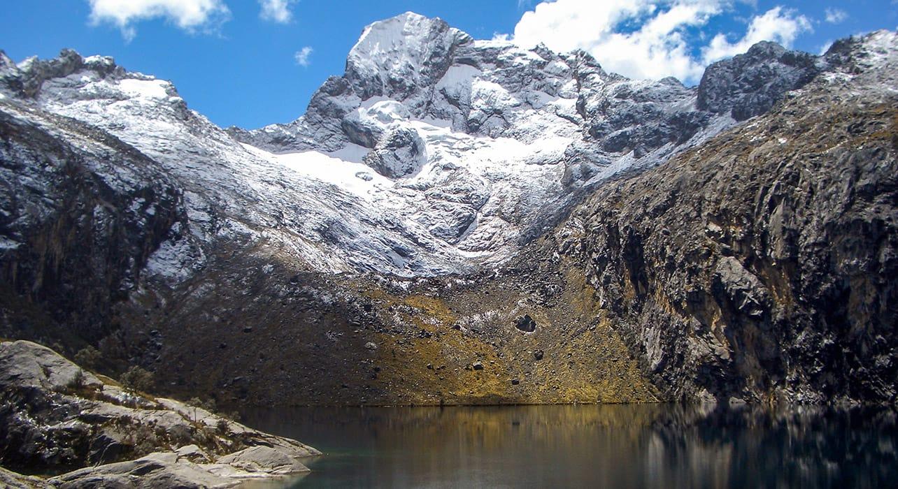 cordillera huayhuash glacial lake