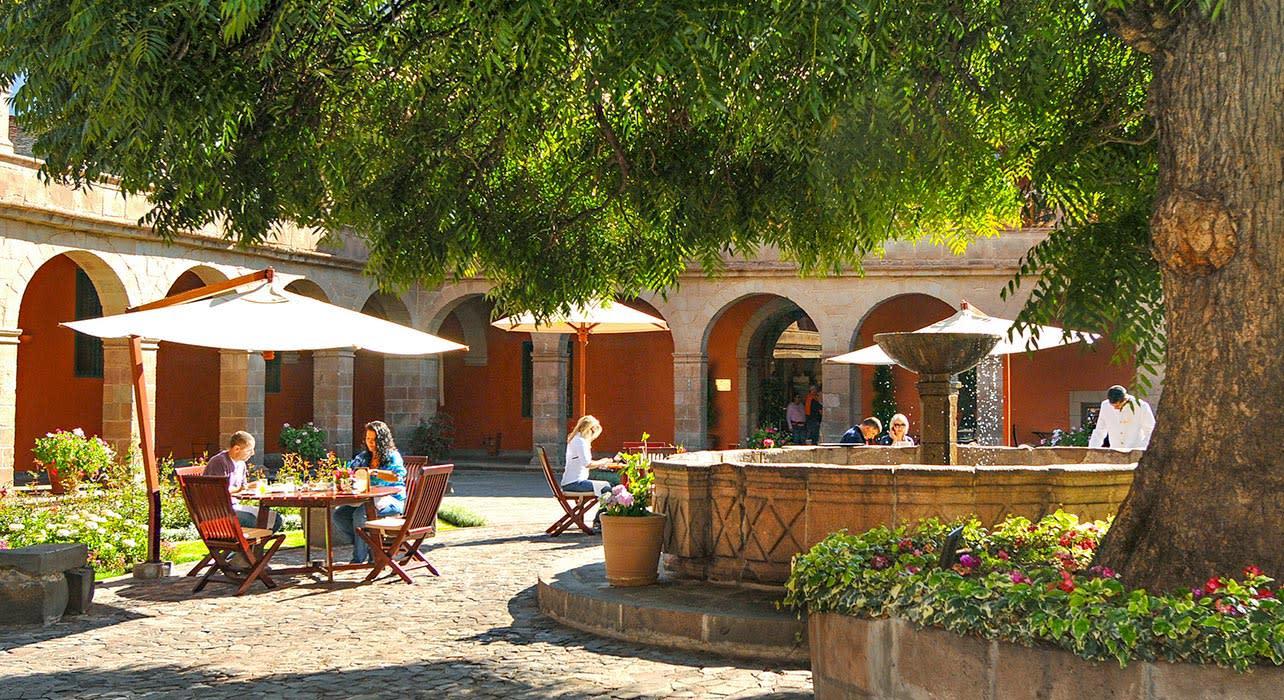 peru cusco monasterio hotel courtyard