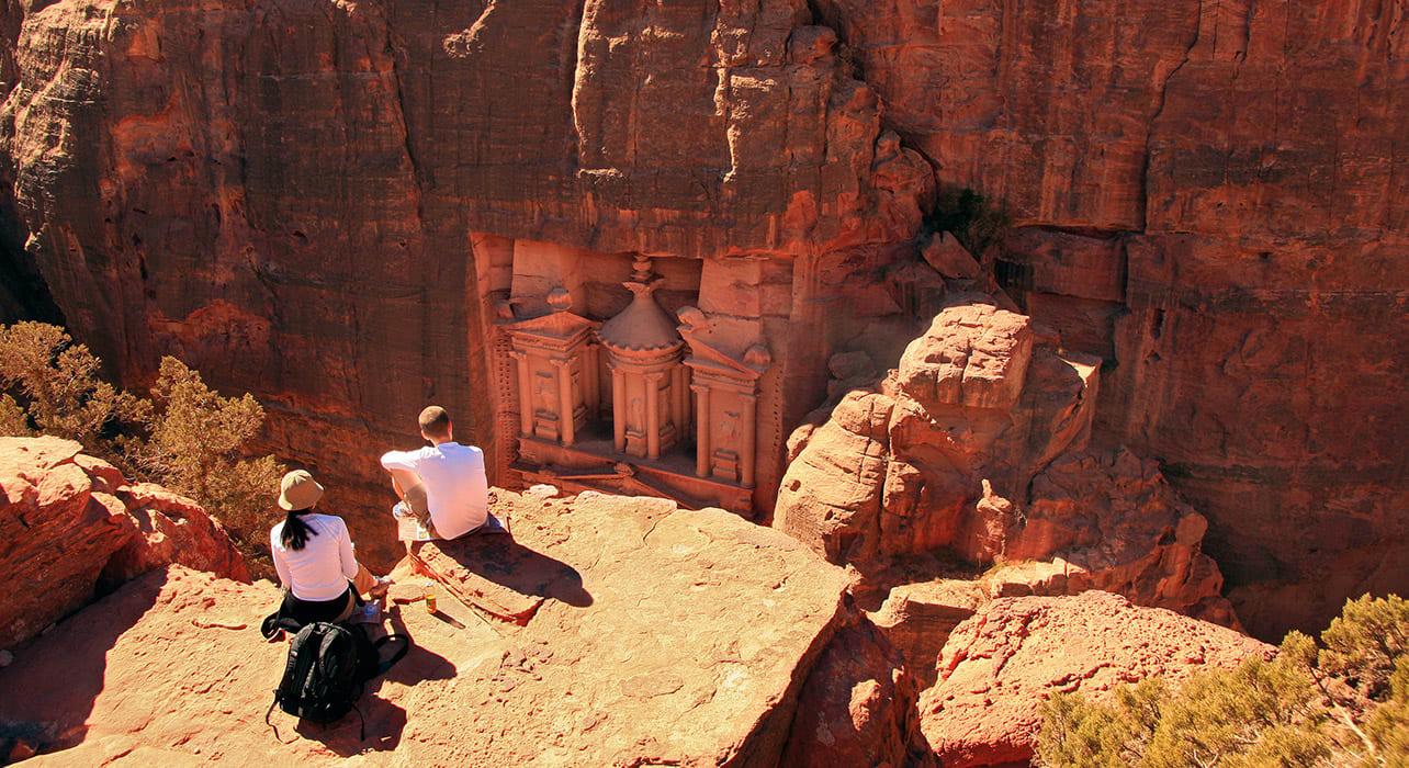 jordan petra archeology ruins