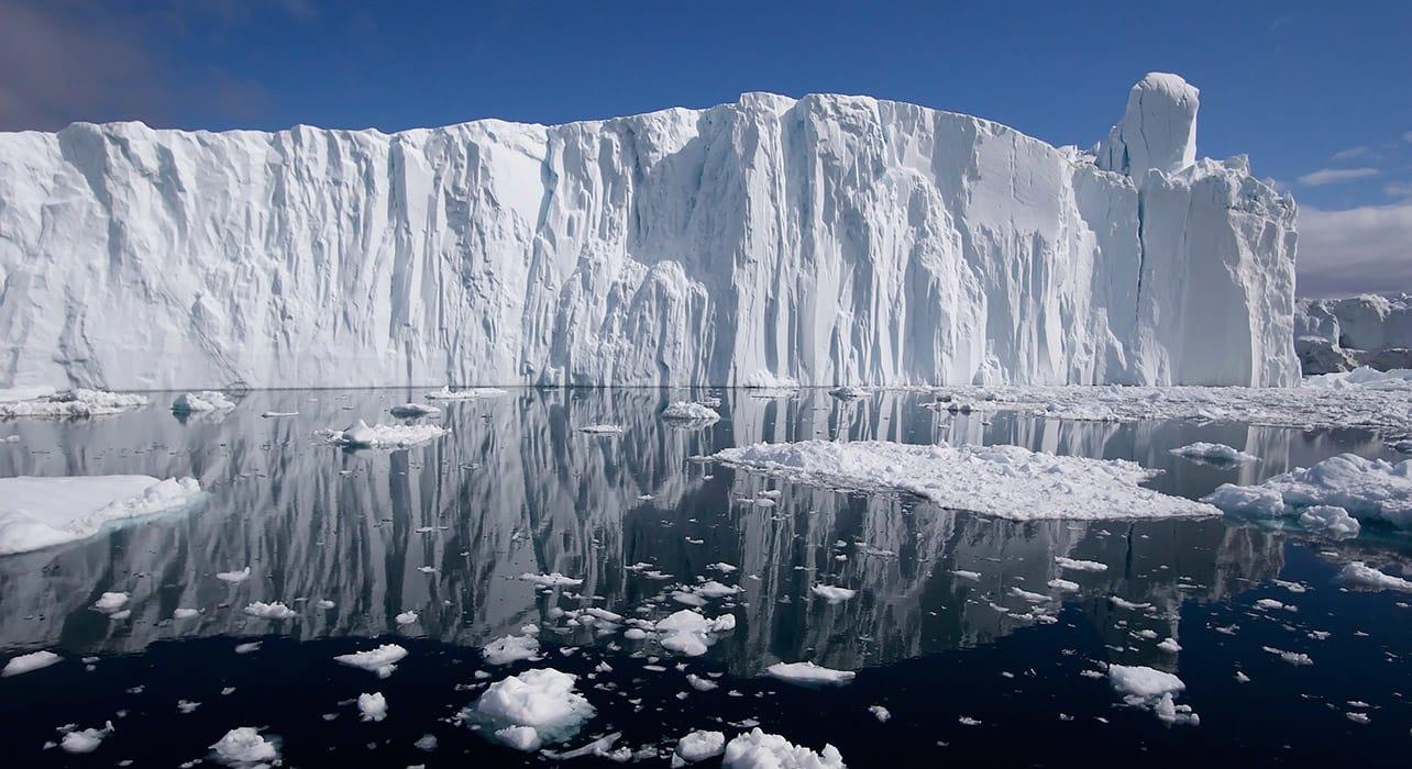 4 slide glacier ilulissat greenland pano