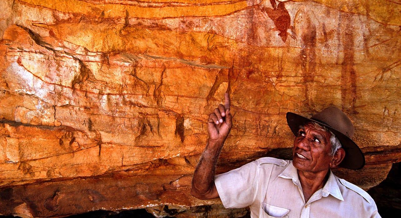 cave painting australia