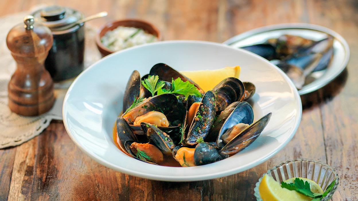 tasmania mussels food meal