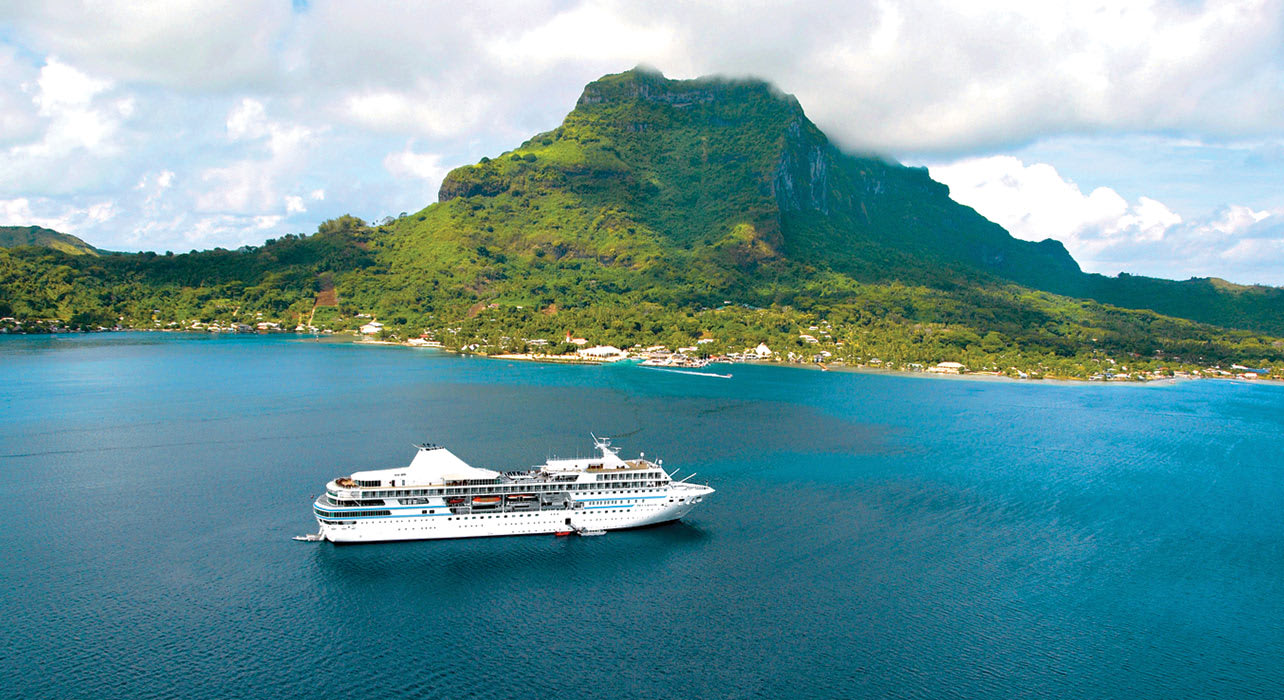paulgauguin ship sea polynesia