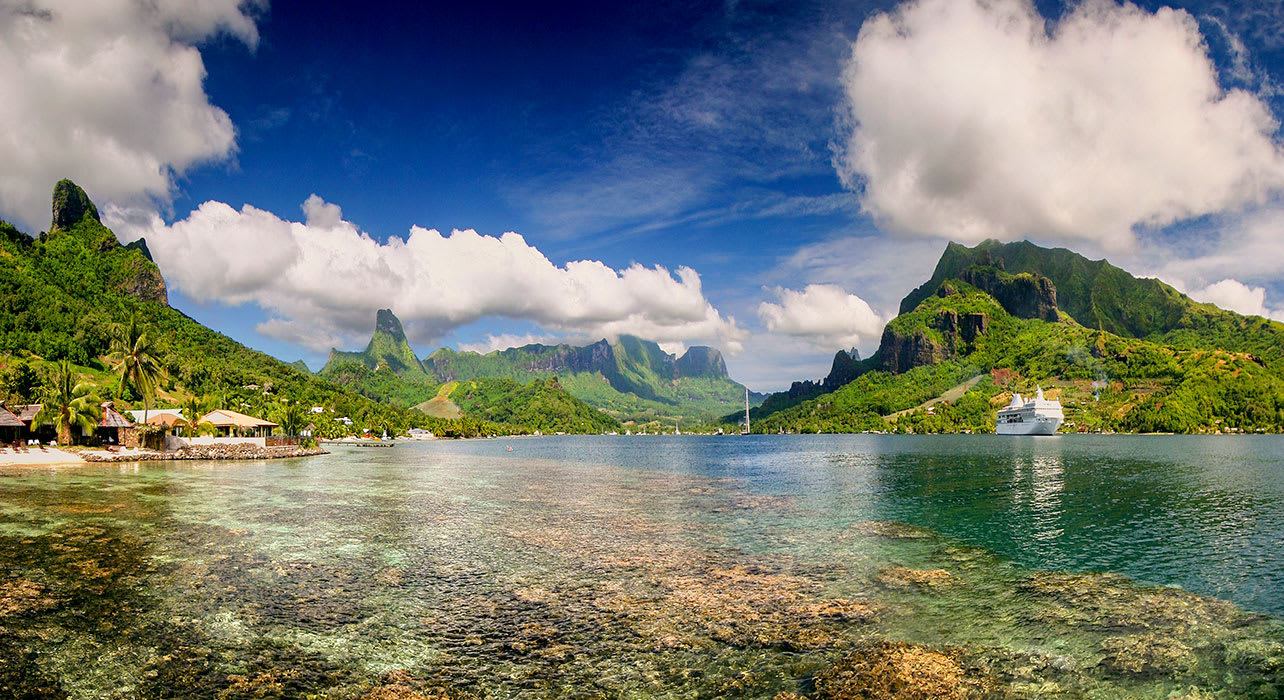 cooks bay moorea island french polynesia cruise ship