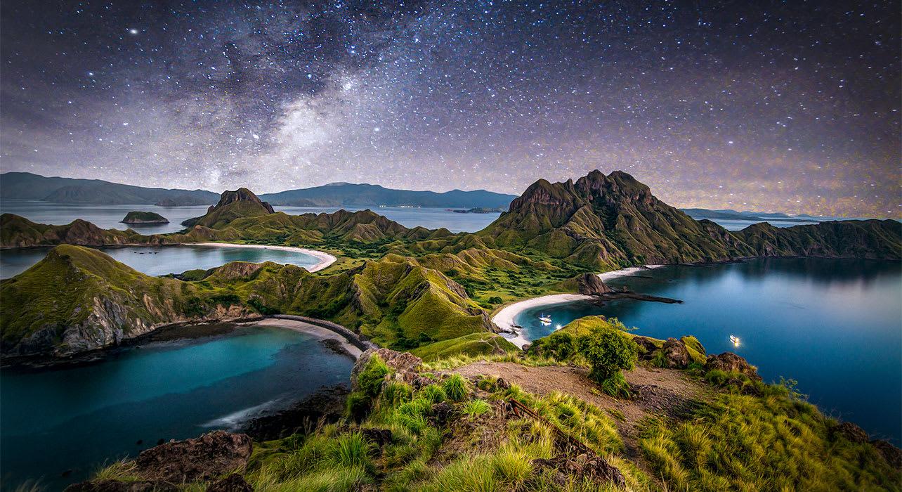 indonesia padar island komodo national park milky way night