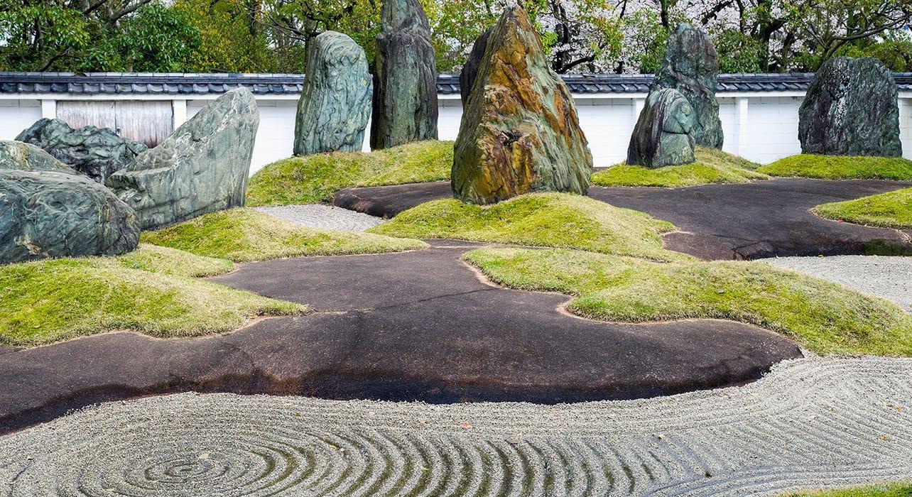 osaka japan garden zen
