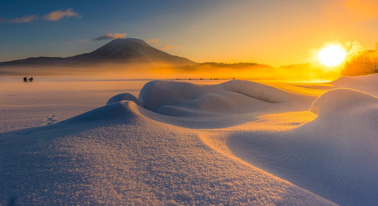 frozen akan lake