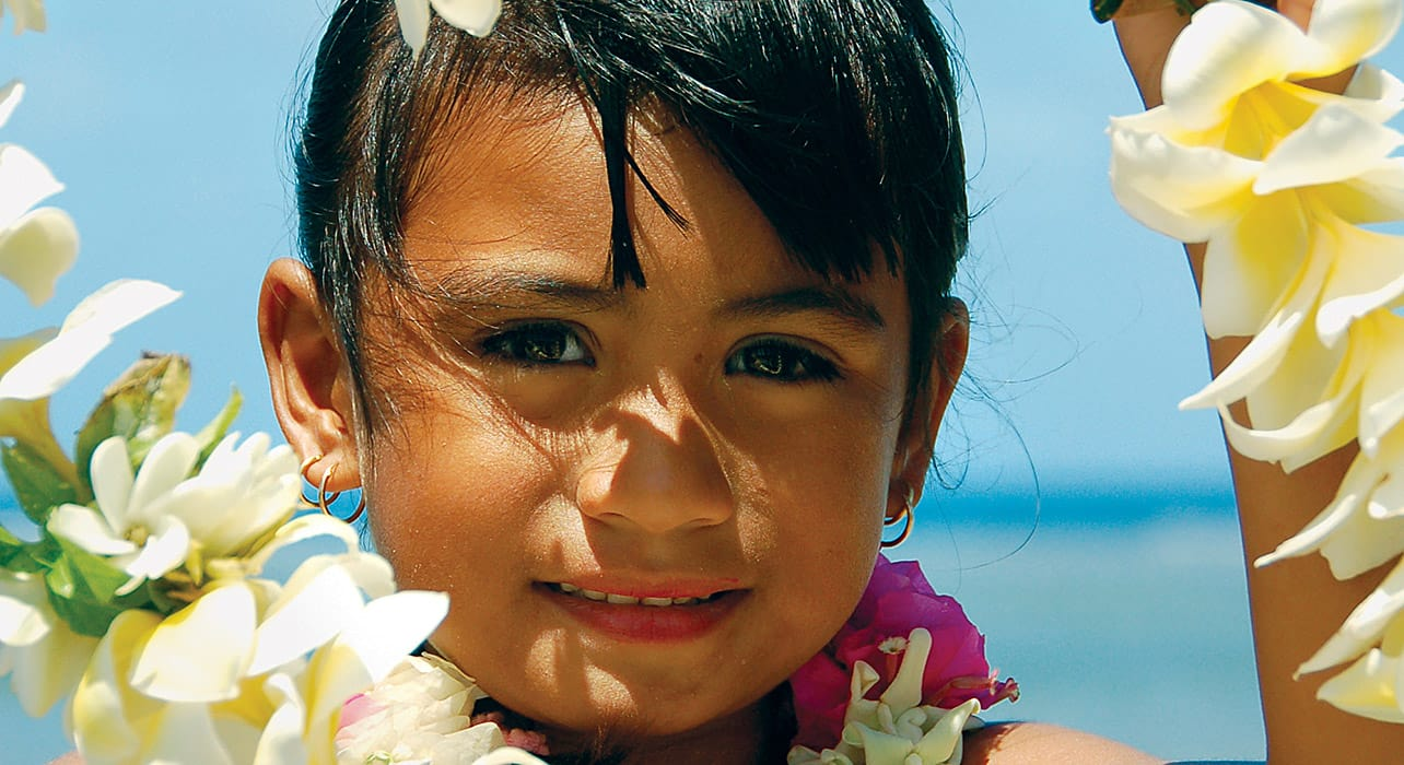 tahiti to easter island girl with a lei