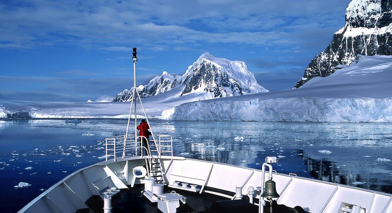 4 slide antarctica bow ship iceberg one person pano