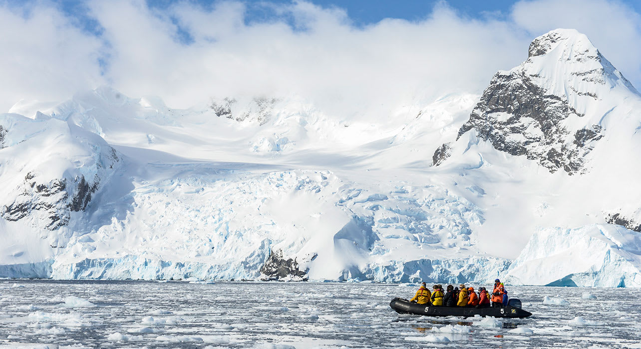 zodiac iceburg antarctica