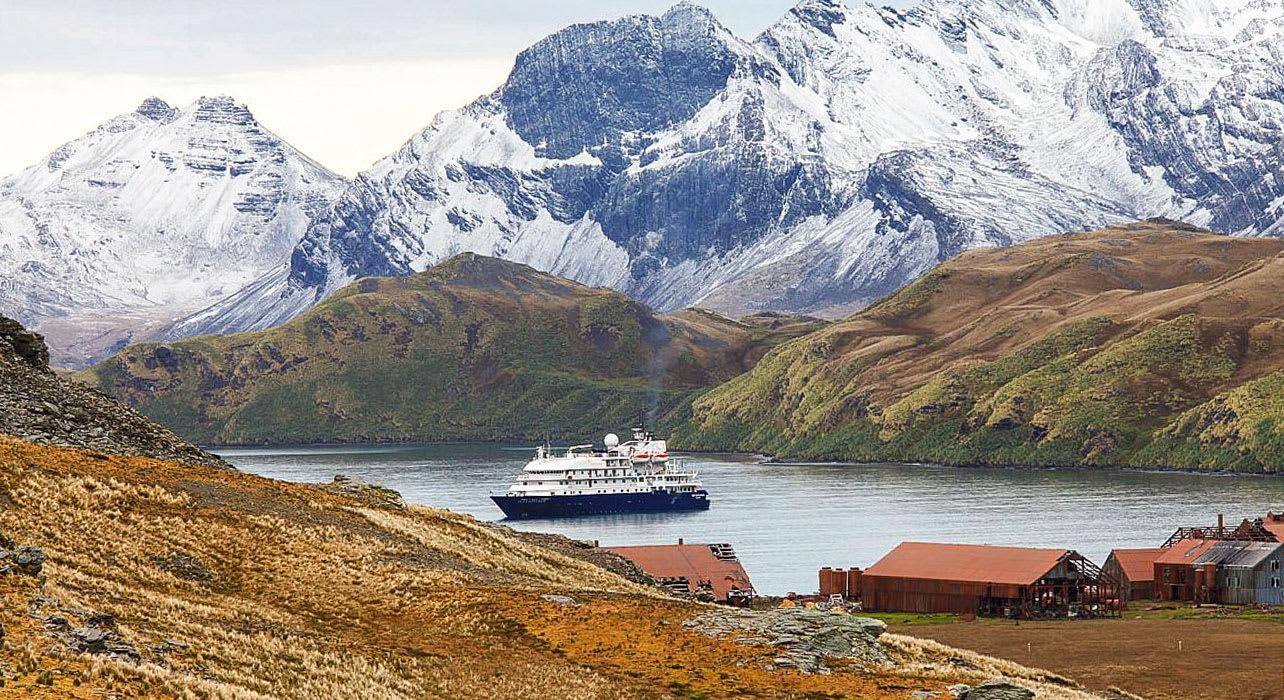falklands south georgia antarctica ship near shore