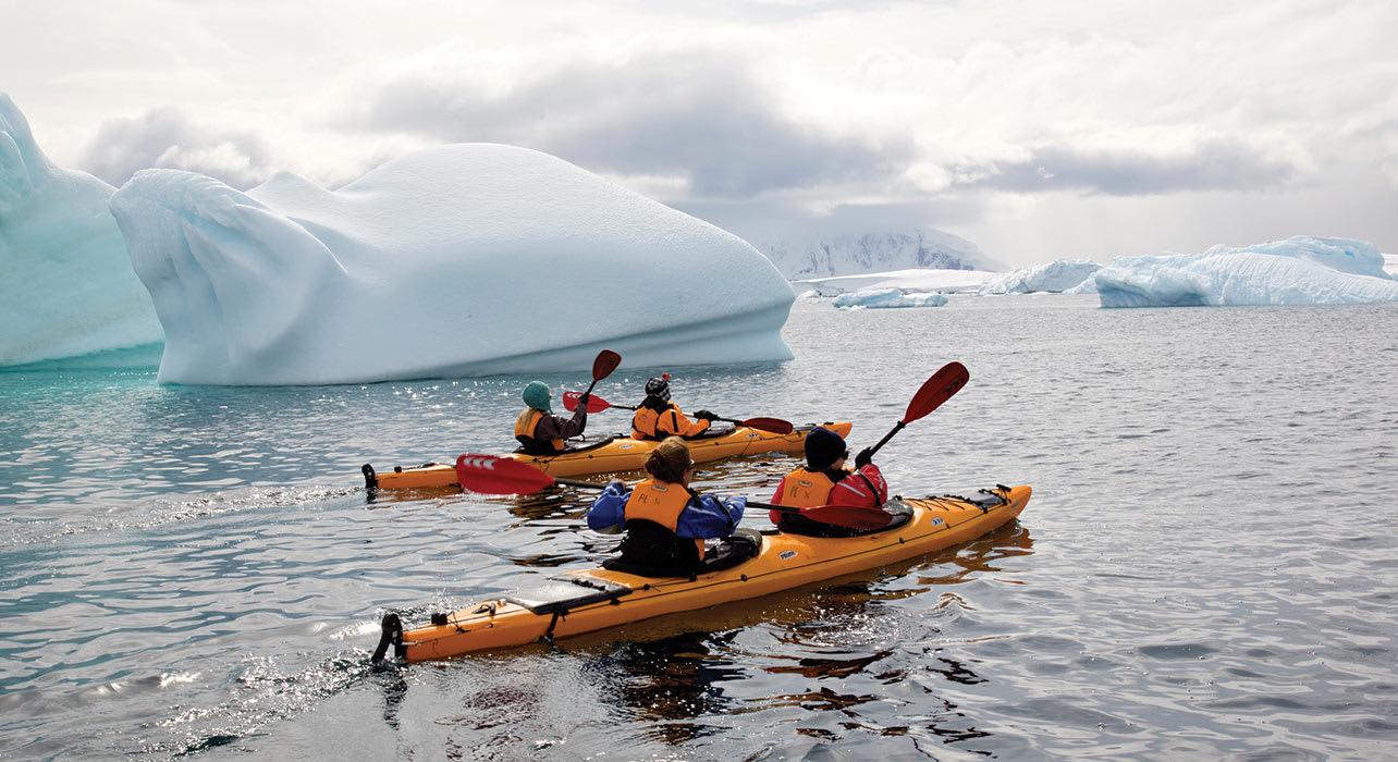 antarctica kayakers