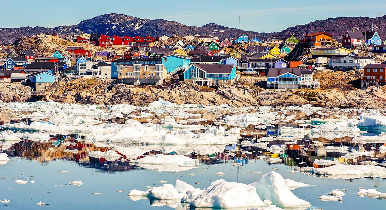 1 slide greenland coastline ilulissat icebergs pano