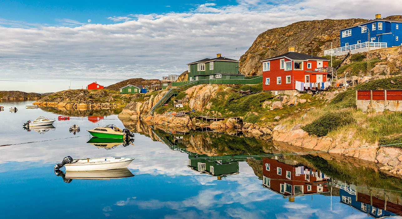 greenland sisimiut colorful houses