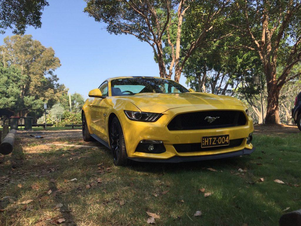 Hertz Ford Mustang GT