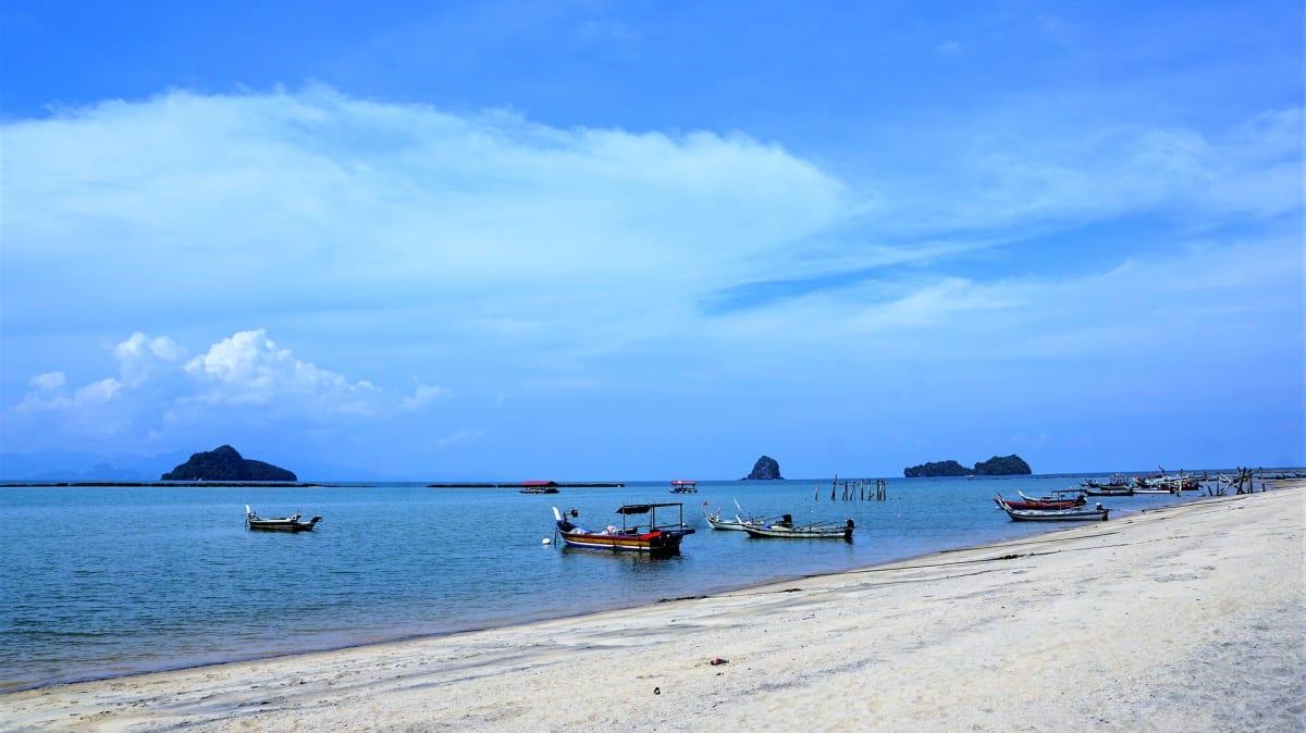 Pakej Percutian ke Pulau Besar Bersama Tripfez