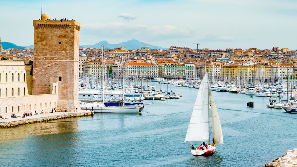 Pakej Percutian ke Marseille Bersama Tripfez
