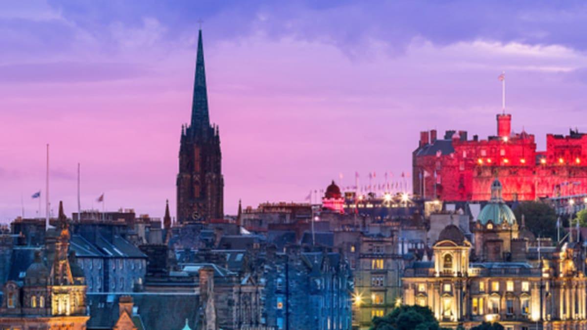 Pakej Percutian ke Edinburgh Bersama Tripfez