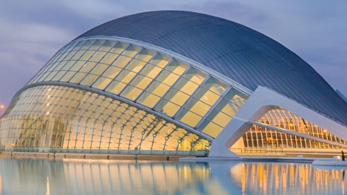 Pakej Percutian ke Valencia Bersama Tripfez
