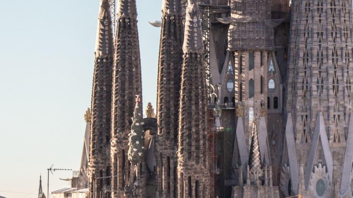 Pakej Percutian ke Barcelona Bersama Tripfez