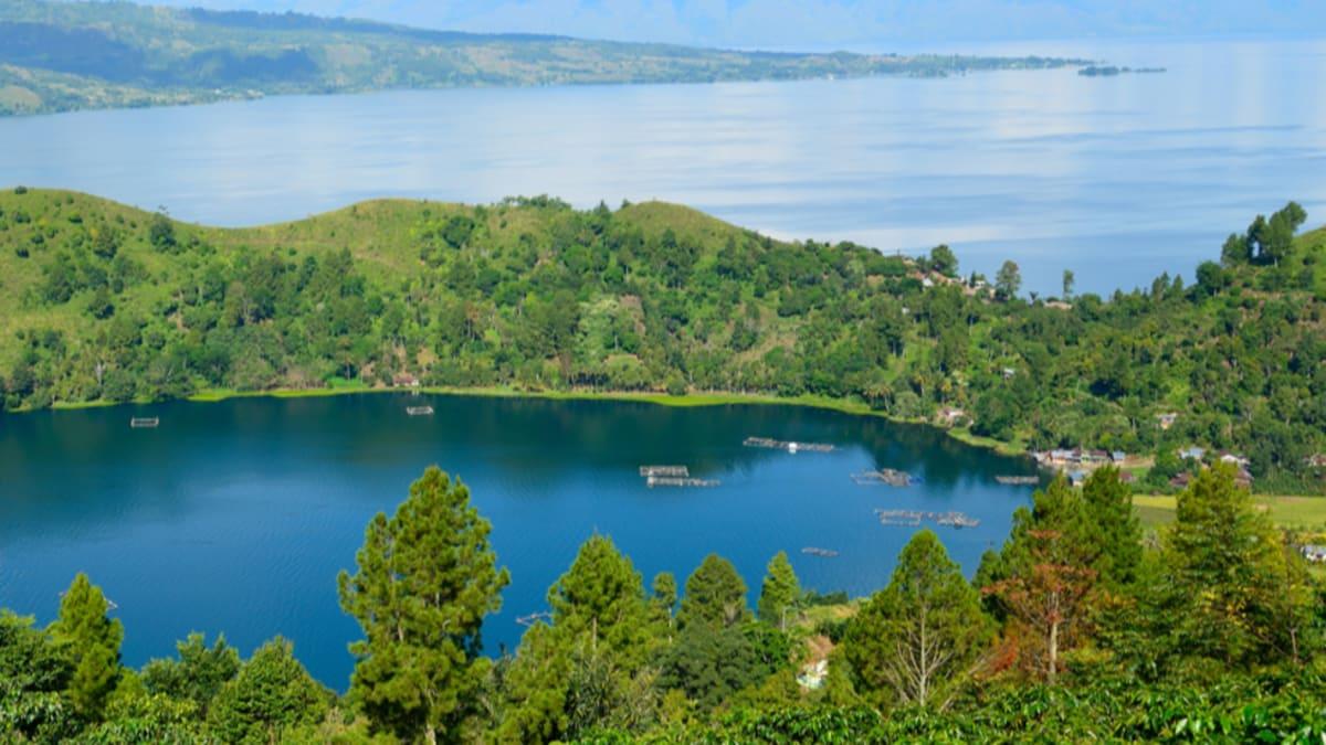 Medan X Lake Toba (Economy) With Tripfez