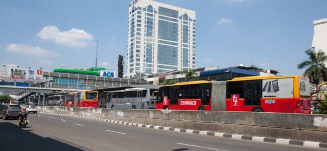 Метроавтобус TransJakarta