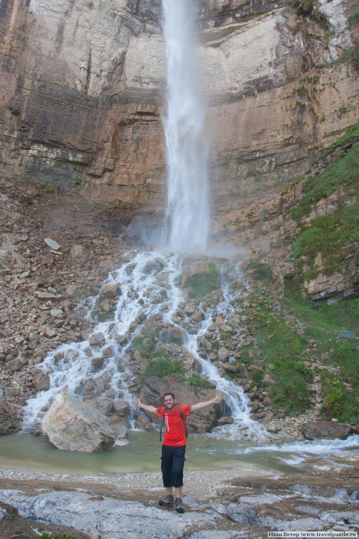 Ветер и водопад у деревни Кинчха