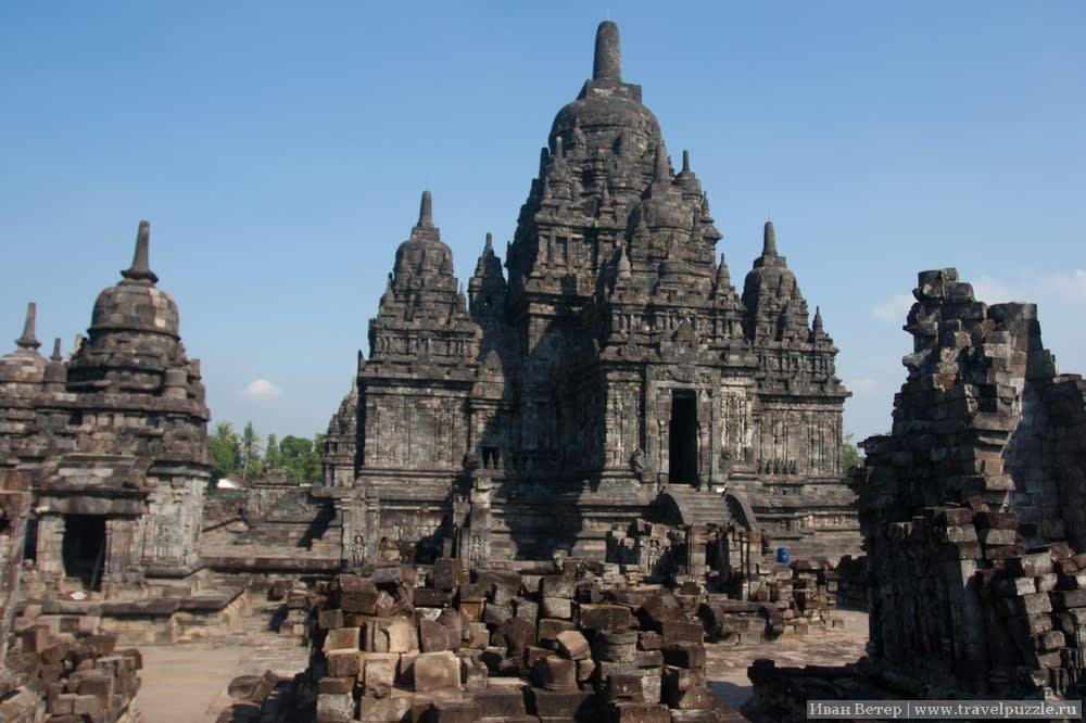 Храм Севу.