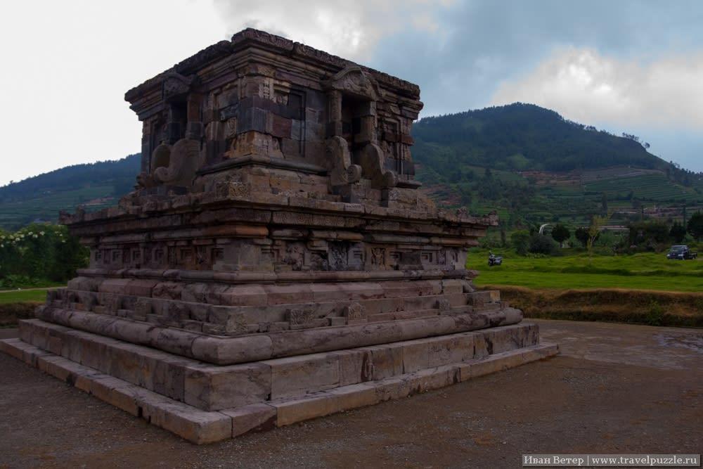 Древние храмы плато Диенг