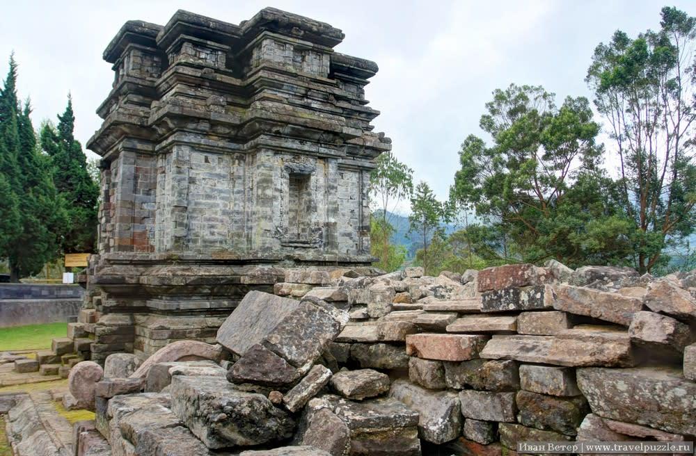 Древние чанди в Индонезии