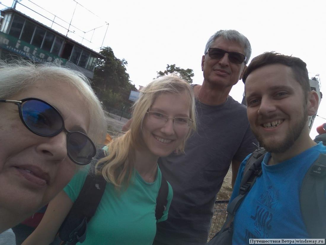 Экипаж машины до Бухареста