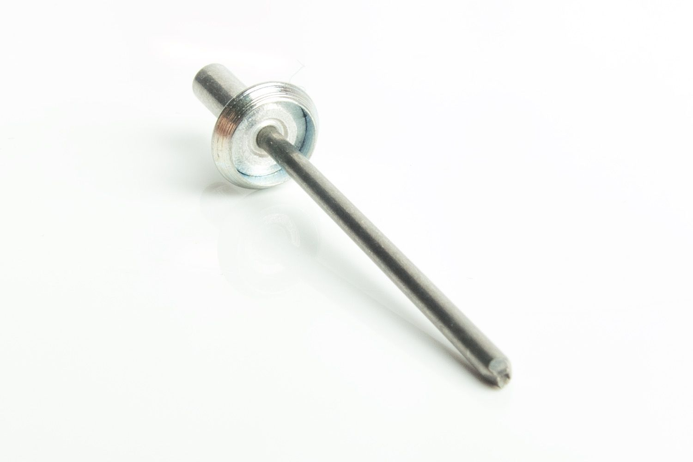 Image - Side Mounting Rivet Clip