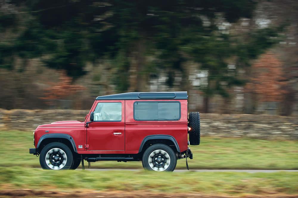 """Die britische Automanufaktur setzt zukünftig auf neue """"Defender""""-Versionen, die den Stammbaum fortschreiben sollen."""