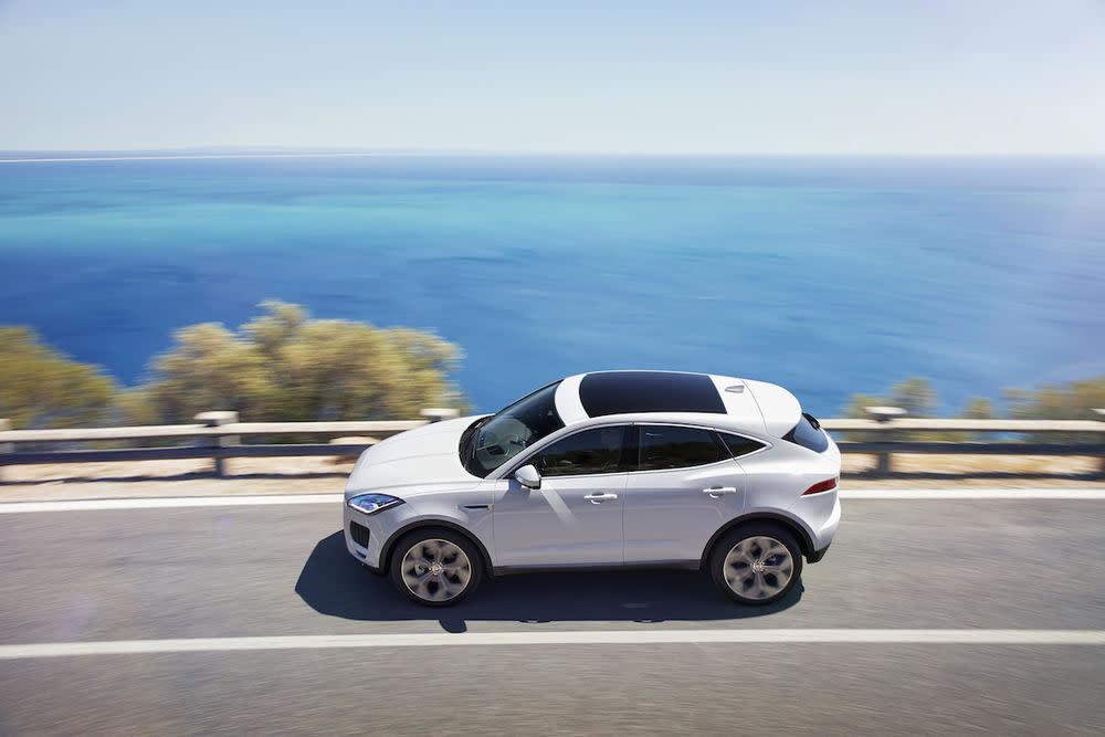 Mit dem neuen Jaguar E-Pace präsentieren die Briten ihr erstes Kompakt-SUV mit dem Zeug zum Trendsetter