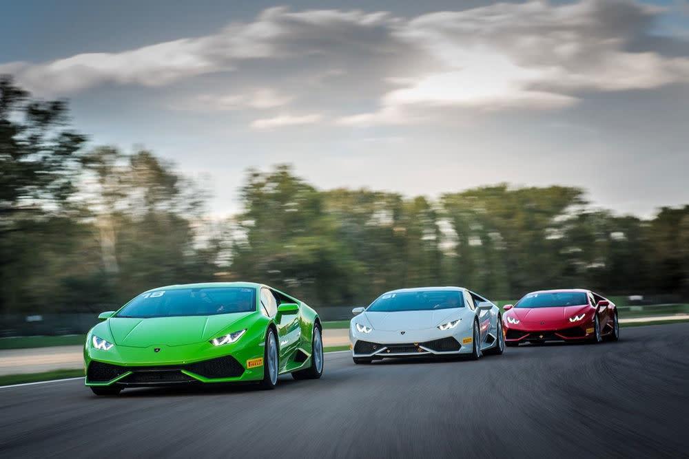 Mit 700 PS auf Schnee und Eis fahren?Die Lamborghini Academia bietet Fahrertrainings mit viel Adrenalin.