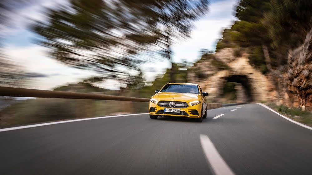 Aus dem Stand beschleunigt der Wagen in nur 4,7 Sekunden auf Tempo 100.