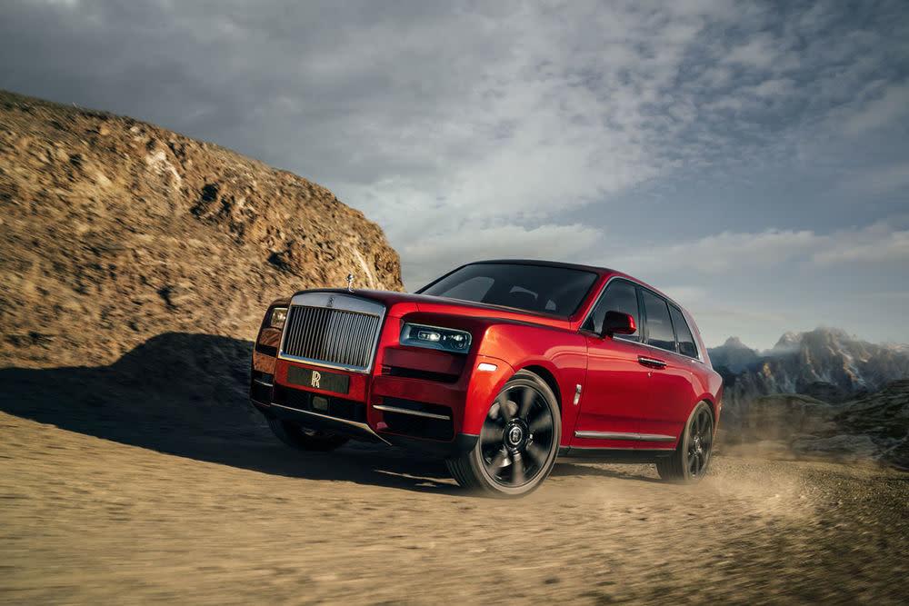 Rolls-Royce Cullinan Magma Red