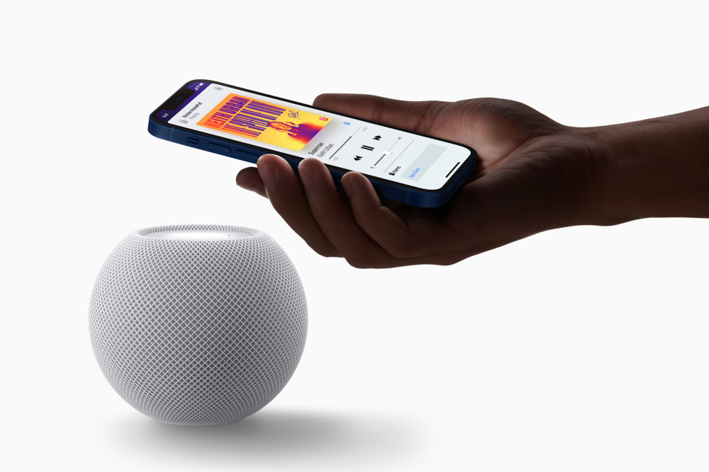 Weihnachten 2020: Der Apple HomePod mini ist ein Smart Speaker für Minimalisten