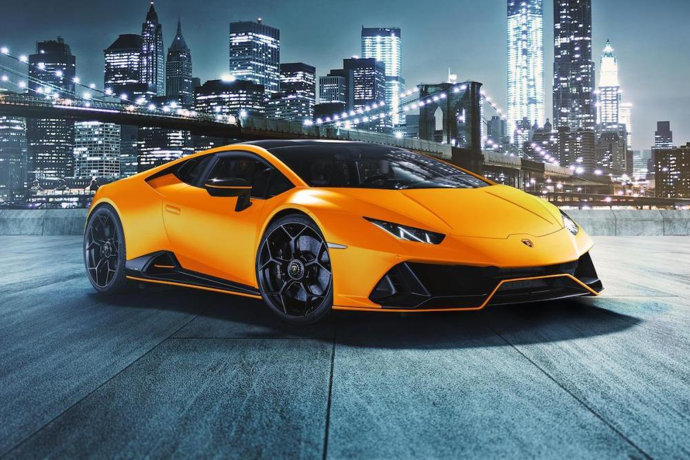 Lamborghini kleidet den Huracán EVO in neue Farben