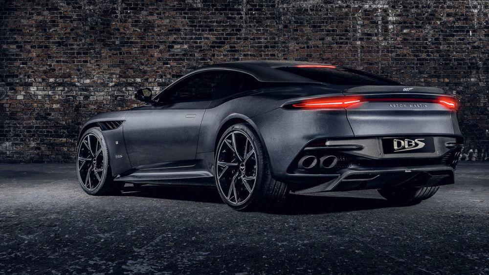 James Bond Aston Martin Bringt Zwei 007 Sondermodelle Heraus Auto Und Technik Gq