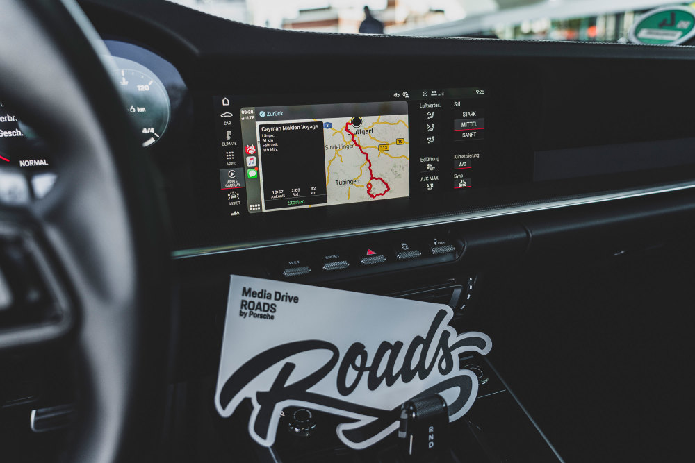 ROADS by Porsche, App