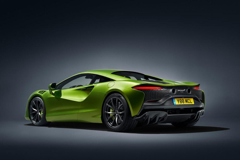 Im McLaren Artura arbeiten sowohl ein E- als auch ein Verbrennungsmotor.