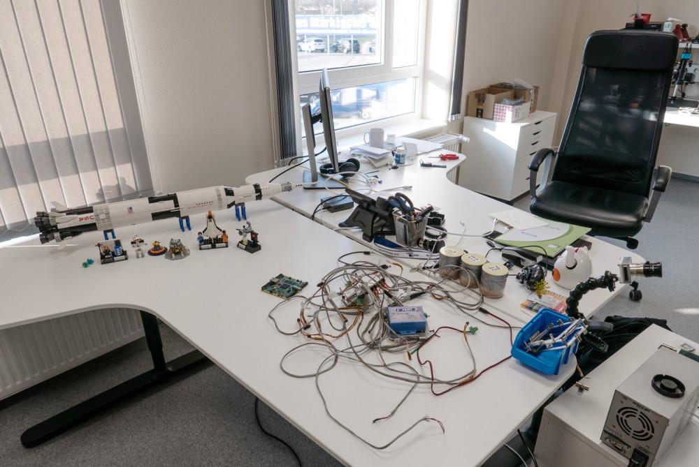 PTScientists; Arbeitsraum; Schreibtisch