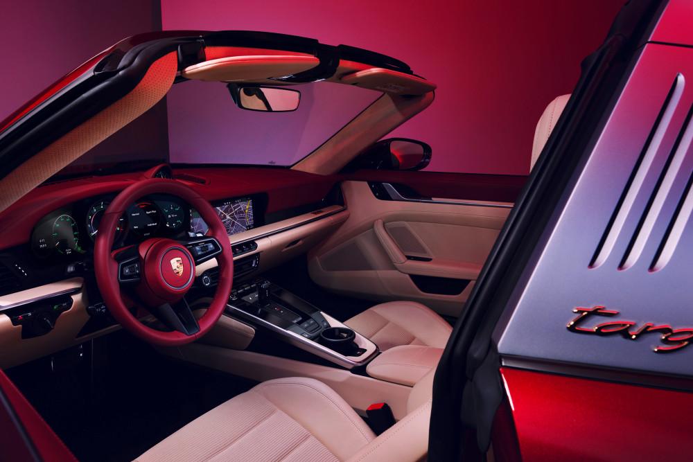 Porsche 911 Targa Heritage Design Edition