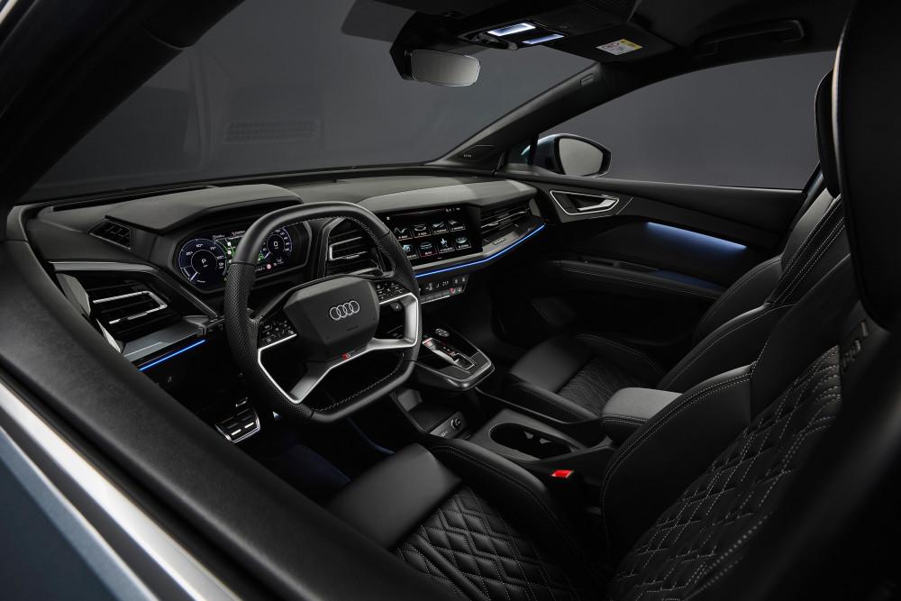 Der Innenraum des Audi Q4 e-tron wirkt angenehm luftig.