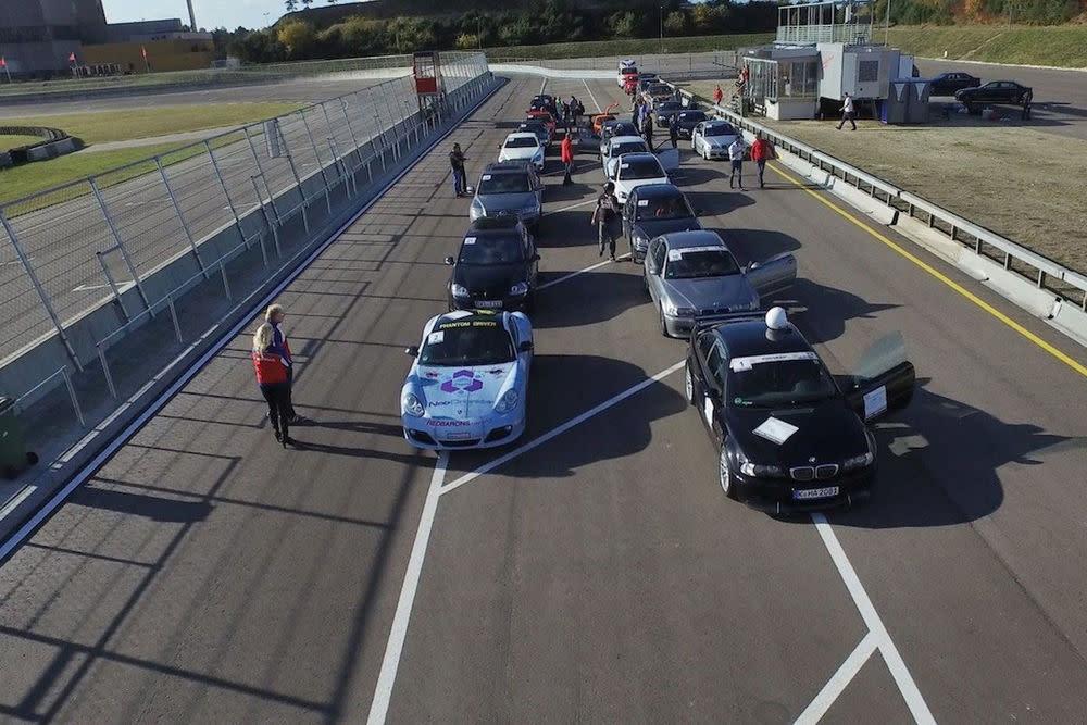 Im Racepark in Meppensind erfahrene Instruktoren dabei, es gibt geführte Runden und vorab eine Fahrerbesprechung.