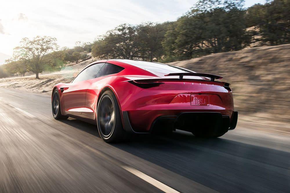 Die Beschleunigung auf 60 Meilen pro Stunde (96 km/h) wird mit atemberaubenden 1,9 Sekunden angegeben.