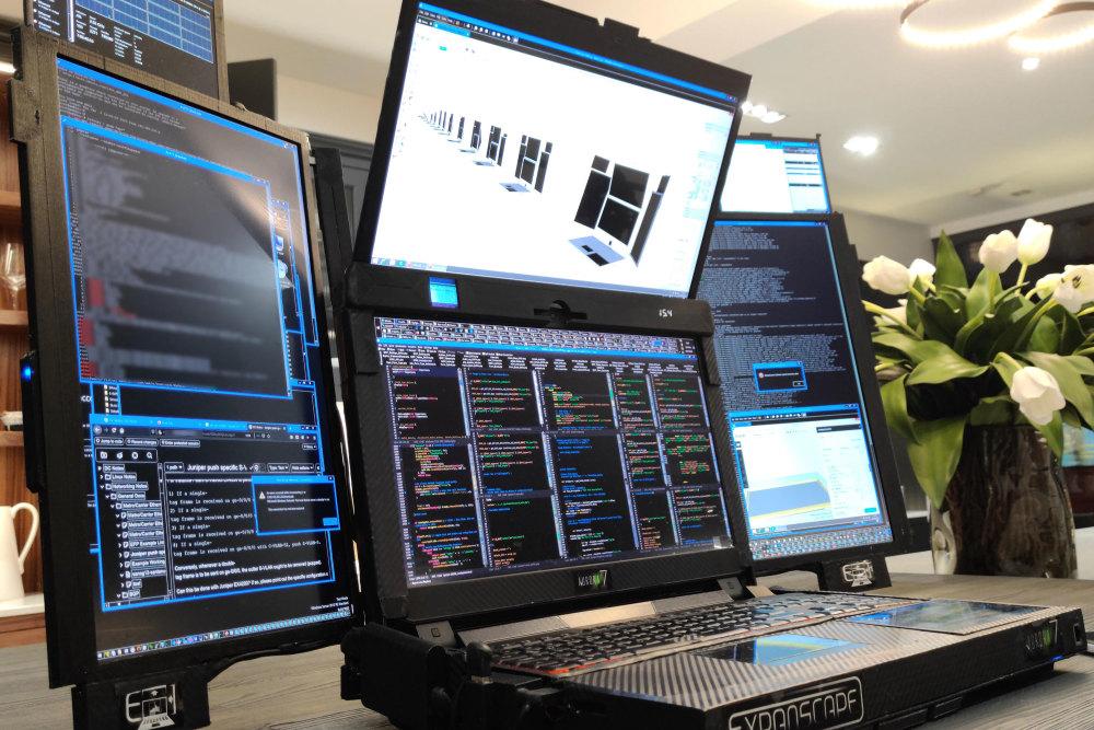 Der Expanscape Aurora 7 ist ein Notebook mit sieben Displays.